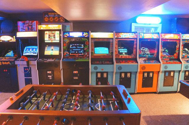 basement-arcade-2