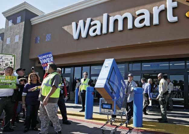 Walmart to expand game trade-in program.