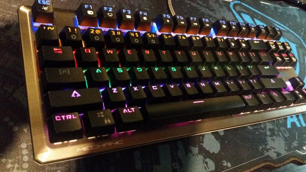 e-blue-fps-mechanical-keyboard-lights-on